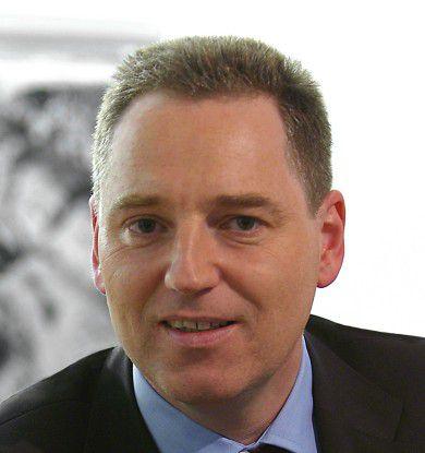 Hans-Joachim Popp, CIO der DLR: Man muss bisweilen sehr innovativ sein, um Kosten sparen zu können.