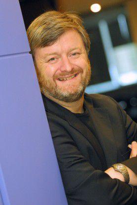 Suns Geschäftsmodell ist von Software abhängig, sagt Chief Open Source Officer Simon Phipps.