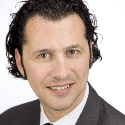 """""""Banken sind nun noch stärker als bisher gezwungen, ihre IT-Prozesse zu verbessern und zu beschleunigen"""", meint Hassan Hosseini, Managing Consultant bei Pierre Audoin Consultants (PAC) in München."""