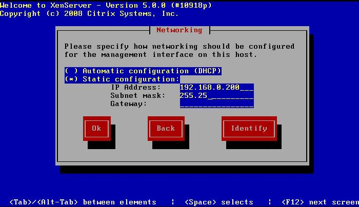 Ein von CentOS entlehnter Assistent geleitetet den Anwender durch die Installation von XenServer.