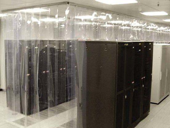 Der Kunststoffvorhang CoolControl Curtain soll ein kostengünstiges Cold Aisle Containment (Kaltgangabschottung) ermöglichen.
