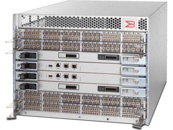 Der DCX-4S Backbone soll eine kostengünstige Konsolidierung von Rechenzentren, SANs und Servern ermöglichen.