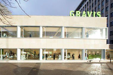 Einbruch bei Gravis: 20 iPhones und 200 iPods geklaut.