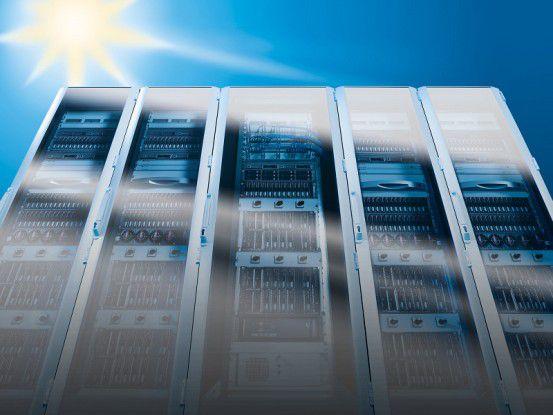 Auf seinem 'Energy Area' zeigte Rittal auf der 2009er CeBIT, wie Sonnenenergie zur Kühlung von Rechenzentren eingesetzt werden könnte. Möglich machen dies Adsorptions-kältemaschinen in Verbindung mit Solarthermie-Kollektoren.