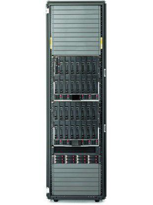 So kann die Hardware-Seite der Lösung aussehen: HP BladeSystem Matrix mit HP ProLiant Server BL460c G6 und HP StorageWorks 4400 EVA im HP-BladeSystem-c7000-Enclosure.