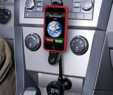 Belkin TuneBase FM: Drahtlose Freisprecheinrichtung für das iPhone