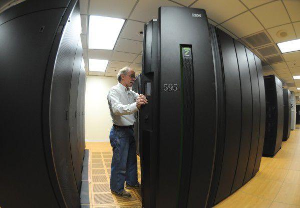 Das IBM-Konzept sieht vor, Cloud-Services in der IBM Cloud oder in der IT-Umgebung des Anwenders zu betreiben.