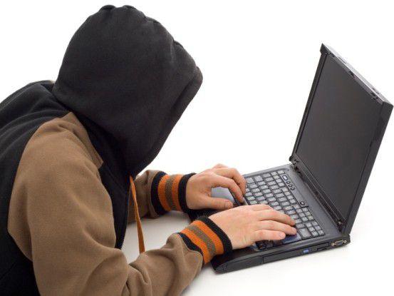 Hacker treiben nach wie vor ihr Unwesen im Internet. Unternehmen reagieren nur unzureichend auf die wachsende Zahl von Angriffen.