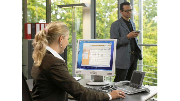 """""""OpenScape Office"""" umfasst neben typischen UC-Funktionen wie Präsenzmanagement auch ein Contact-Center-Modul."""