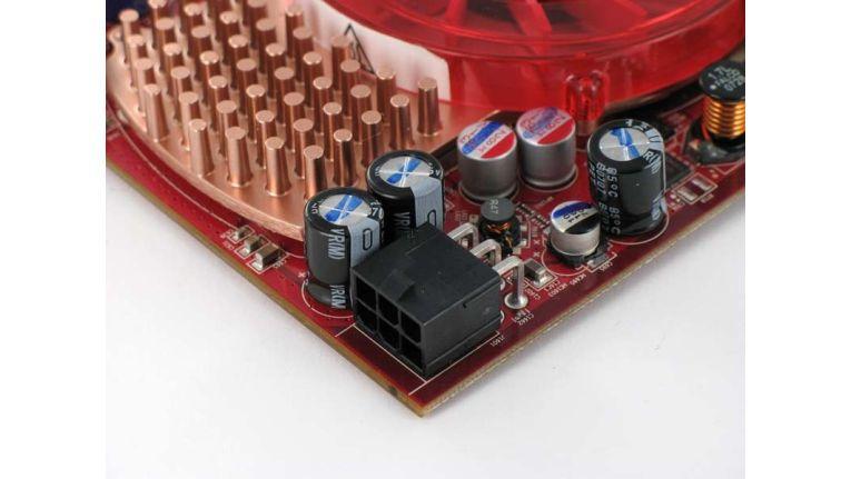 Für die neuen ATI-Grafikkarten benötigt der Anwender einen sechspoligen Stecker vom PC-Netzteil.