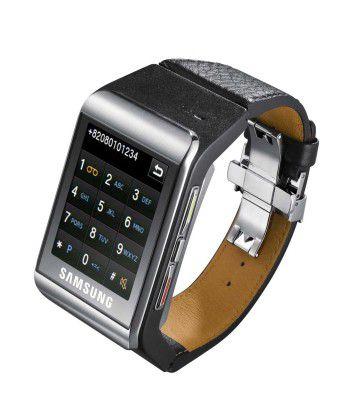 Standardausrüstung von Geheimagenten: Die Handy-Uhr Samsung S9110.