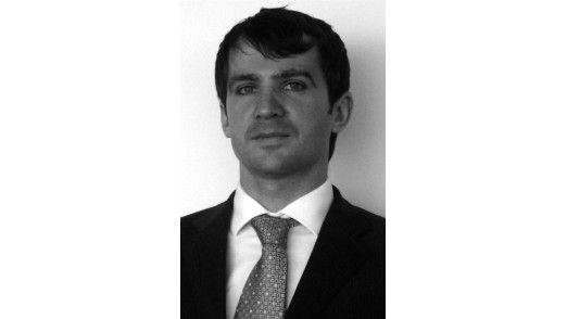 """Senior Manager Sebastian Paas, KPMG: """"Erfolgreiche Einführungen von IT-Balanced-Scorecards verbessern nachweisbar die Steuerung des CIO-Bereiches."""""""