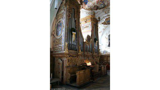 Mitarbeiter des IT-Managements zogen sich zum Thema Führung in ein Kloster zur Klausur zurück.