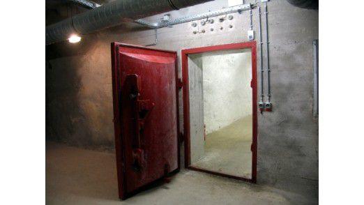 Eine dicke Tür und doch kein Schutz.