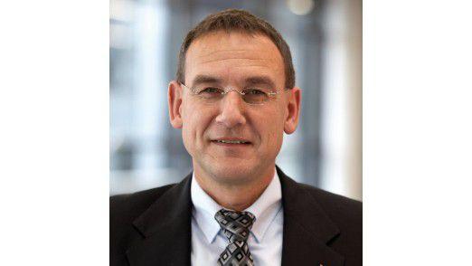 """Kurt Trautmann, CIO der Schüco AG: """"Statt eines magischen Parameters, der die Leistung auf 'super' stellt, gab es ein Arbeitsprogramm für das Team."""""""