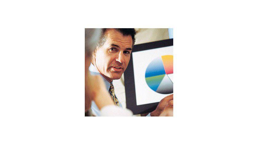 Zwei von drei Top-Managern nutzen BI. Aber die Werkzeuge zur Analyse von Geschäftsdaten sind auf dem Weg ins ganze Unternehmen.