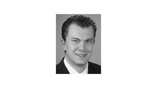 """Fionn Schreiner: """"Ein besonders kritisches Thema für Unternehmen stellt die Zeitverzögerung aufgrund der Nichterreichbarkeit von Mitarbeitern dar""""."""
