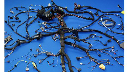 Leoni fertigt unter anderem Kabelbäume (Foto) für die Automobilindustrie.