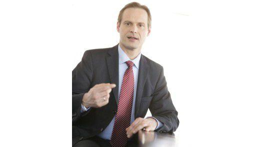 """BSH-CIO Jürgen Sturm: """"AT&T hat sich als zuverlässiger Partner bewährt, der eine gleich bleibende Service-Qualität bietet – eine unerlässliche Voraussetzung für unsere geschäftskritischen Anwendungen."""""""