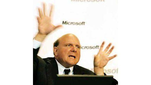 Microsoft-Chef Steve Ballmer ist das zurückhaltende Auftreten von Bill Gates fremd. Einmal führte er öffentlich wilde Affen-Hampeleien auf, um seine Begeisterung für Microsoft zum Ausdruck zu bringen.