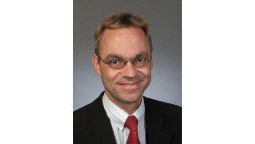 Rolf Loschek: Der Telekommunikationsexperte von Steria Mummert ist von der dreidimensionalen Zukunft überzeugt.