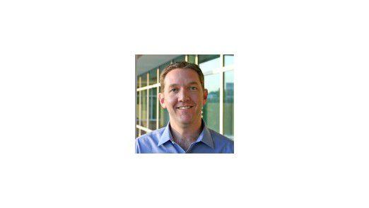 Jim Whitehurst, CEO von Red Hat, reitet voller Selbsbewusstsein eine Attacke gegen Virtualisierungs-Marktführer VMware.