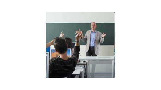 Gerade bei Server-Virtualisierung und Netzwerkverbindungen bestehen noch viele Problemfelder und Wissenslücken. Der Ausbildungsbedarf ist groß.