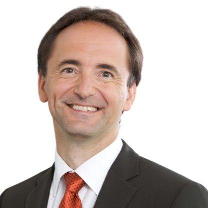 Jim Hagemann Snabe präsentierte zusammen mit Co-CEO Bill McDermott und Finanzchef Werner Brandt gut gelaunt das Jahresergebnis von SAP. Die Walldorfer wollen dieses Jahr ihre Erlöse mit Software und Wartung um zehn bis 14 Prozent erhöhen.