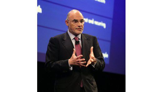 HP-Chef Léo Apotheker stürzt das Unternehmen mit vollem Gewicht in einen Software-Kampf. Für den haben sich aber Wettbewerber wie IBM und Oracle schon lange fit gemacht.