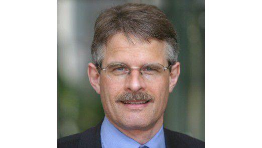 """Hans-Rudolf Häni Global Head IT, Bank Sarasin: """"Es ist eines unserer strategischen Prinzipien, das Sourcing ständig zu thematisieren."""""""
