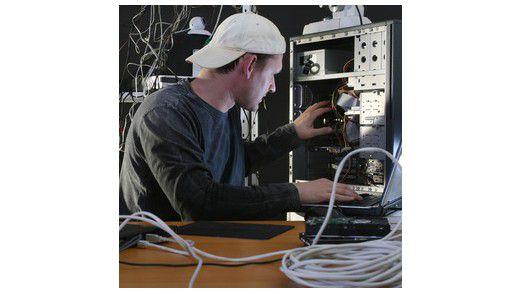 Viel unübersichtliche Hardware stellen Admins vor große Herausforderungen.