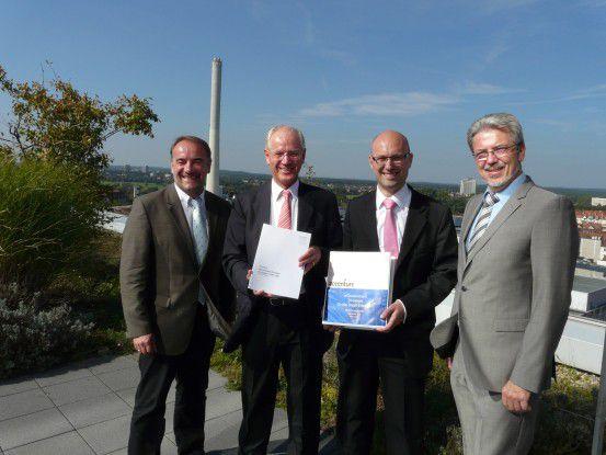 Andreas Goetz, Oberbürgermeister Siegfried Balleis, Bernd Gerbaulet, Gerhard Matuschke (v.l.).