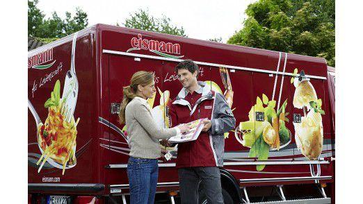 Das ist Service: Eismann liefert bis vor die Tür des Kunden.