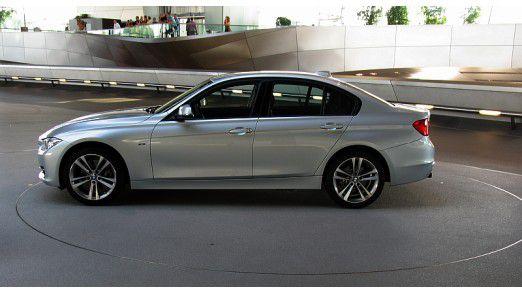 Der BMW 3er findet sich häufig unter den Dienstfahrzeugen bei Fachkräften und Führungskräften.