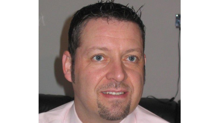Harry Walter, CIO der Johnson Controls Automotive Electronics GmbH