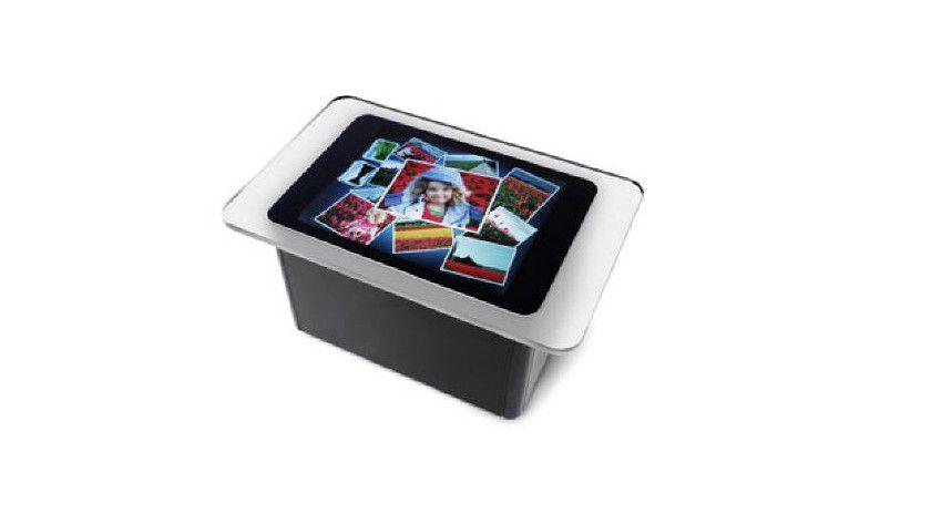 Kaffeetisch: Statt Maus und Tastatur nutzt Surface Kameras und Touchscreen (Quelle: Microsoft)