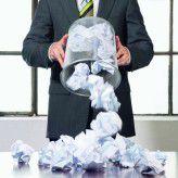 Wer Fehler beim Projekt-Management begeht, produziert eher für den Papierkorp, als Erfolg zu haben.
