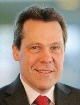 Klaus-Peter Bruns ist seit Juni 2008 stellvertretender Vorstandsvorsitzender der Fiducia IT AG aus Karlsruhe.
