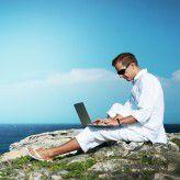 Arbeiten, wann und wo man möchte? Das Klischee trifft bei vielen Freiberuflern nicht zu.