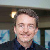 """Pat Gelsinger, CEO von VMware, will mit eigenen """"Hybrid Cloud Services"""" einen Angriff auf Amazon AWS starten."""