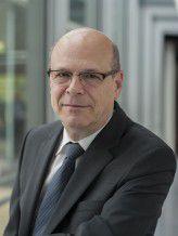Helmut Gaul ist seit Anfang Juni 2014 Vorstandsmitglied bei der AachenMünchener.