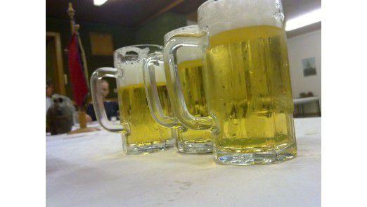 """Sofern die Samsung-Mitarbeiter nur beim Bier bleiben, dürfen sie beim """"Hoesik"""" bis 21:00 Uhr weiterhin Alkohol trinken."""