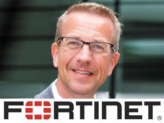 Wie die Cyber-Kriminellen bei ihren DDoS-Attacken vorgehen, und wie man sich gegen diese Angriffe wirksam schützen kann, das erläutert Jörg von der Heydt, Channel & Marketing Manager bei Fortinet im einem kostenlosen Live-Webinar von ChannelPartner.
