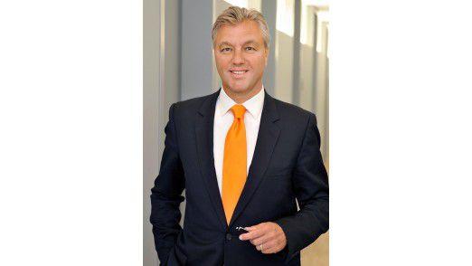 """Da hat der Geschäftsführer der UsedSoft GmbH, Peter Schneder, gut lachen, sein Geschäftsmodell des Handels mit """"gebrauchter"""" Software ist gerettet."""