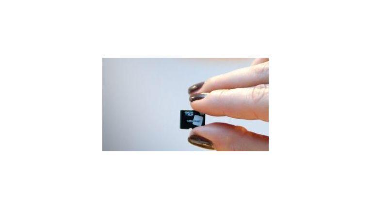 Die Secusmart Security Card ist eine der Lösungen, die Smartphones vor Zugriffen schützen soll.