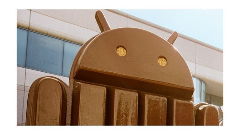 """Google plant mit """"Android Messages"""" den Angriff auf WhatsApp."""