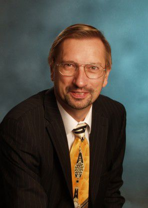 Jürgen Arnold, Vorsitzender der SNIA Europe, will mit der Cloud Storage Initiative unter andrem den Wissensstand zu Cloud Storage und die Akzeptanz verbessern.