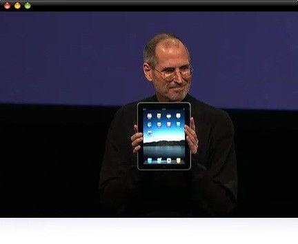Steve Jobs mit seinem neuen Liebling - dem iPad.