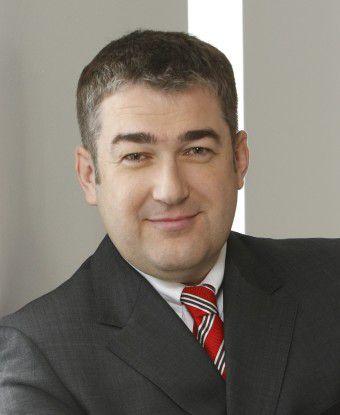 """""""Unsere Garantie ist die des Marktführers"""", zeigt sich Post-Vorstand Jürgen Gerdes selbstbewust."""