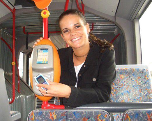 Zum Thema Mobile Payment und NFC gab es bereits zahlreiche Anläufe - etwa das Projekt Handy-Ticket des Rhein-Main-Verkehrsverbunds.